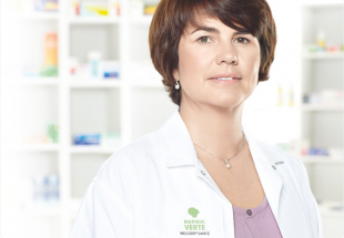Portrait d'une pharmacienne